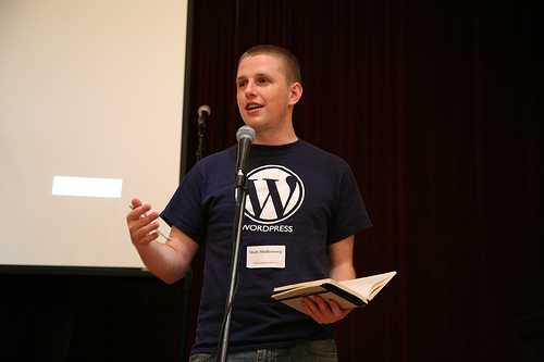 https://i2.wp.com/laughingsquid.com/wp-content/uploads/matt_wordcamp.jpg