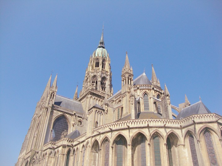 Up, up, up... Bayeux cathedral