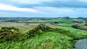 View from Dunamase Castle Ruins in Ireland - www.lauraenroute.com