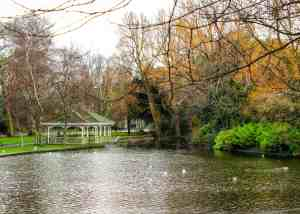 St. Stephen's Green, Dublin - Visiting Ireland in the Winter - What to see and do in Dublin - www.lauraenroute.com