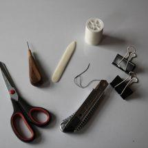 Werkzeuge zum Buchbinden