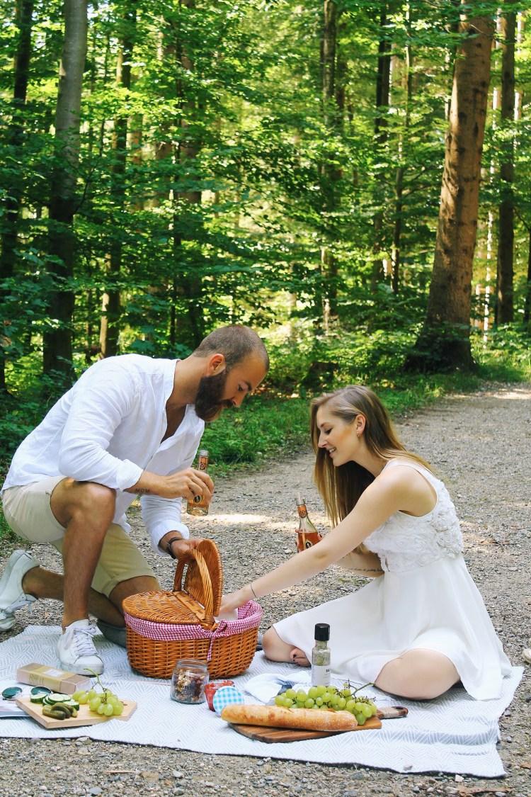lauraherz_blogger_munich_fürstvonmetternich_smiepeters_picknick_picknickguide