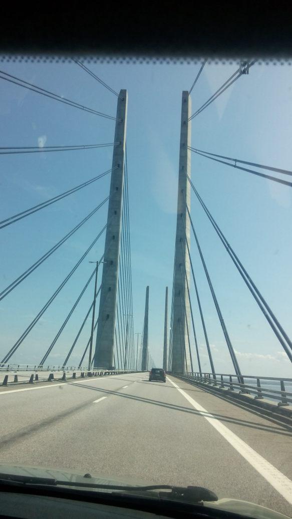 Die 12 km lange Brücke zwischen Kopenhagen und Malmö