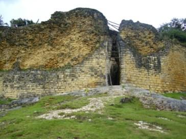 Kuélap - Eingang