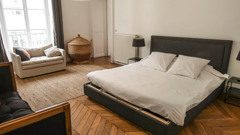 Suíte principal do apartamento SENTIER A la Parisienne em Paris
