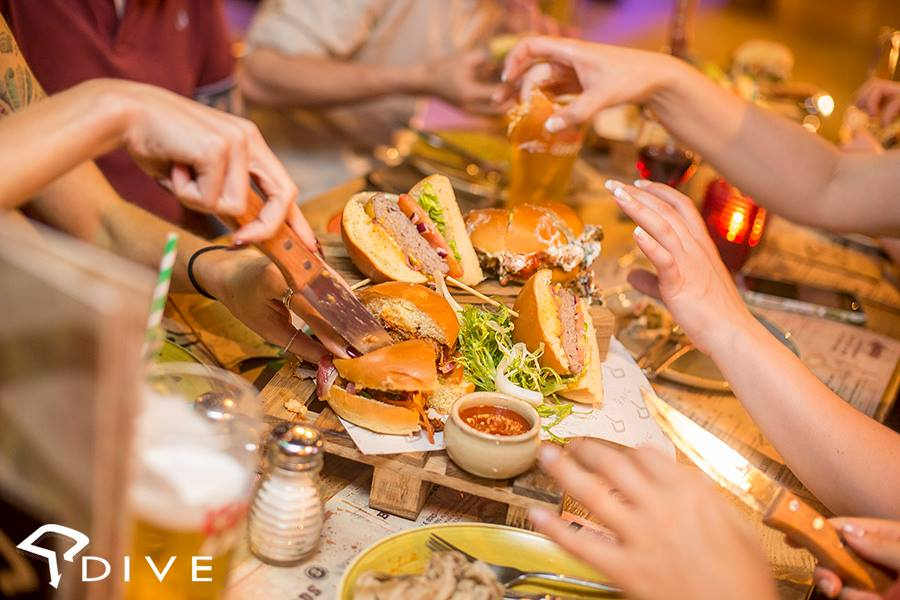 Dive bar Manchester new menu launch event - Laurakatelucas manchester lifestyle blogger