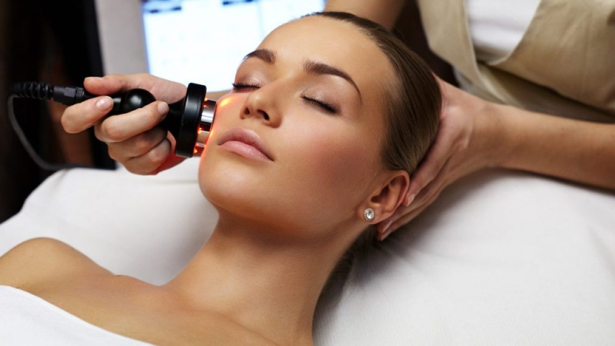 Laura Kate Lucas - Manchester Lifestyle and Fashion Blogger | Laser vs Surgical Skin Treatment