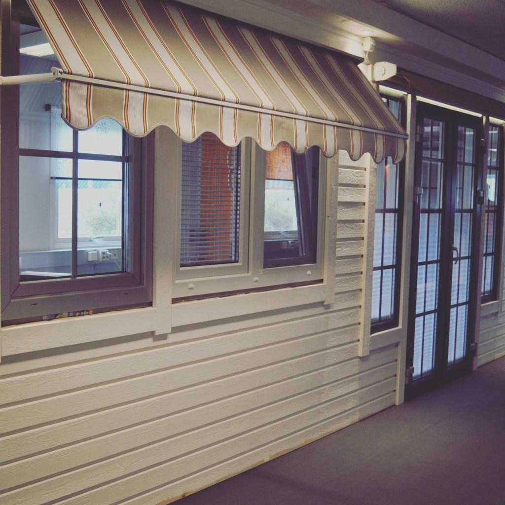Sunsafe office inside