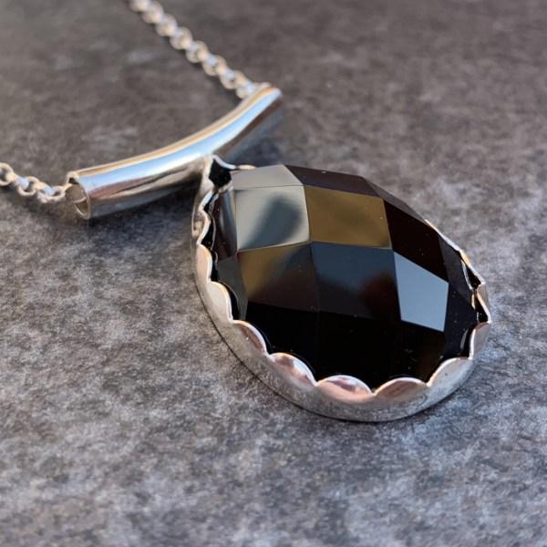 Black agate silver pendant