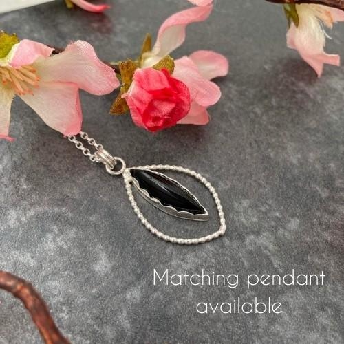 Unique black onyx gemstone pendant