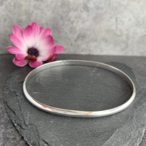 Made to measure silver bangle