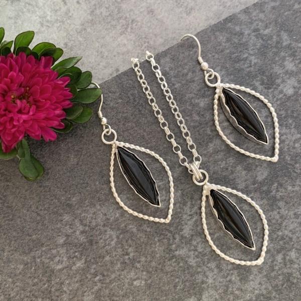 Black Onyx Gemstone Earrings and Pendant