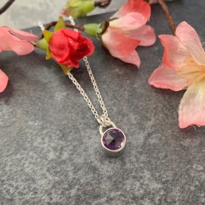 Purple amethyst gemstone pendant