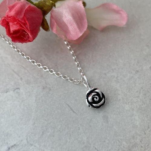 Silver rose flower pendant necklace