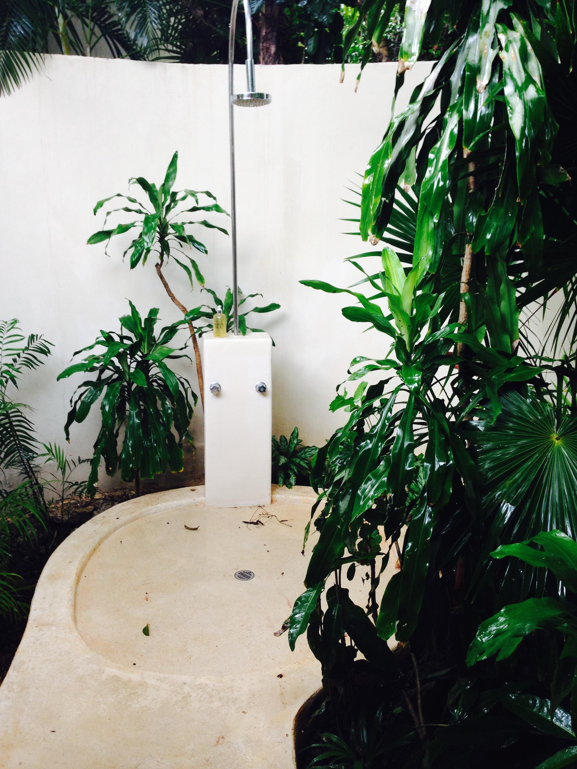 Outdoor jungle shower