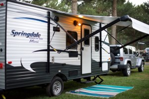 camper, rv, trailer, travel, keystone, summerland, springdale, mini, jeep