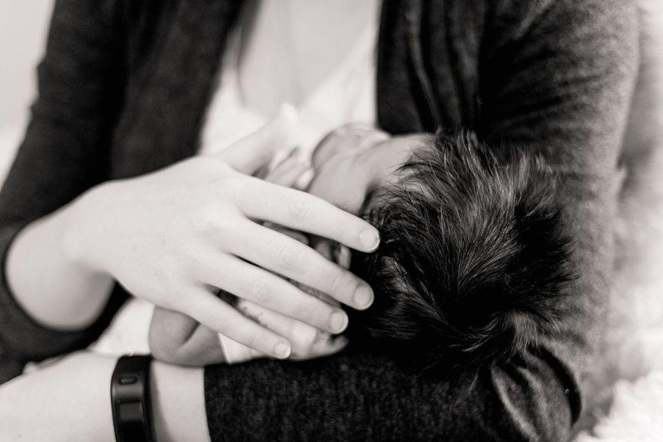 newborn, richmond, laura matthews, glen allen, virginia, lifestyle, in home, window light, star nursery, baby, boy, chesterfield
