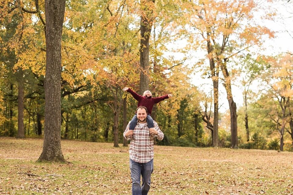fall, richmond, portrait, family, photographer, laura matthews, virginia, glen allen