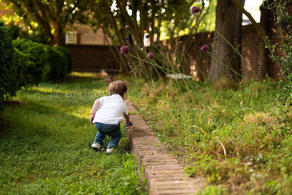 family, yorktown, children, toddler, laura matthews, lifestyle, photography, photographer, photos, historic