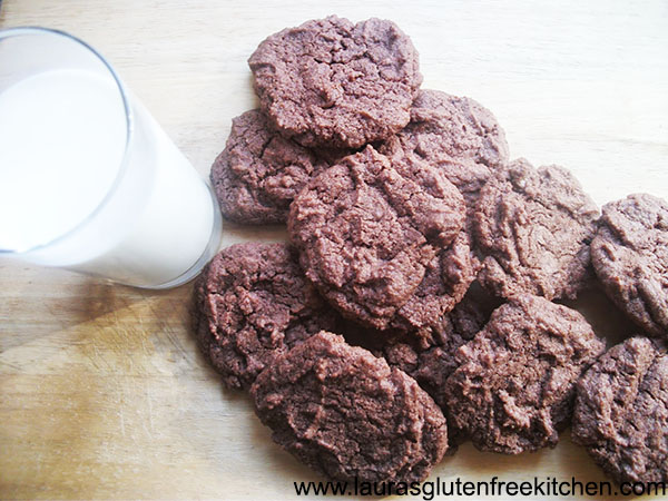 Gluten free and Eggless Chocolate chip Chocolate Cookies