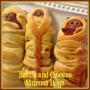 Bacon and Cheese Mummy Dogs www.lauraslittlehousetips.com