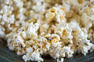 Popcorn with lemon thyme burned butter