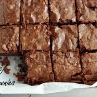 Fudgy brownies. Negrese cu ciocolată la puterea a treia