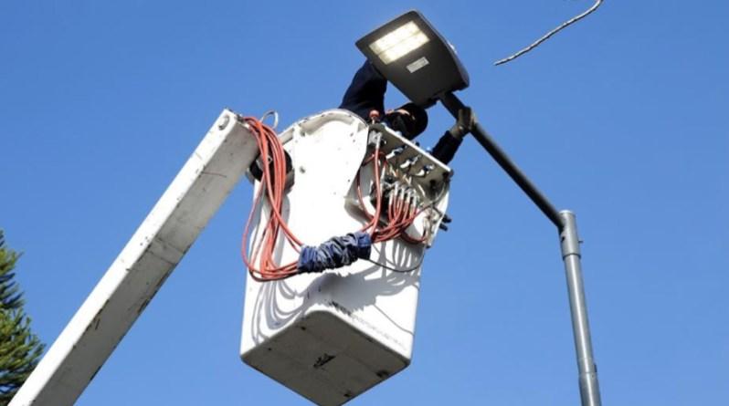 El Municipio de Alte Brown avanza con la instalación de otras 16 mil luminarias LED