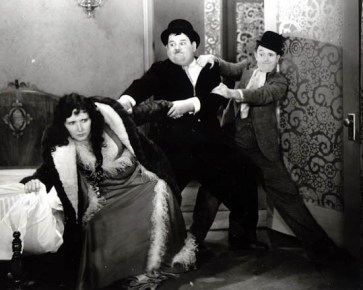 Stan-Laurel--Oliver-Hardy-in-Come-Clean-Laurel--Hardy-Premium-Photograph-and-Poster-1024325__29815.1432433327.1280.1280