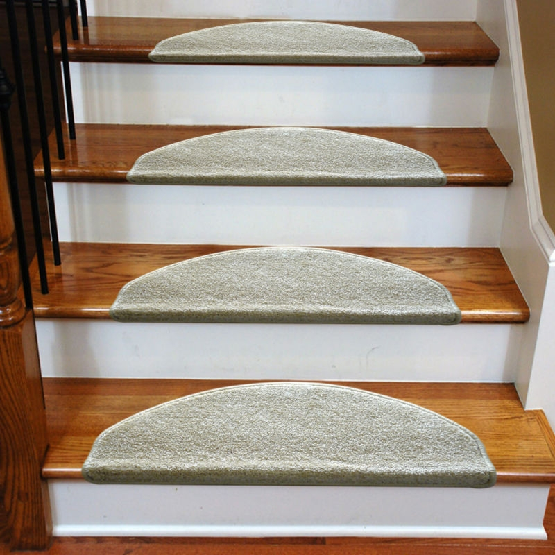 3 Common Staircase Design And Decor Mistakes What To Do Instead | Rustic Carpet Stair Treads | Sisal Carpet | Titanium Heather | Naturalarearugs Rustic | Carpet Runners | Farrel Moroccan