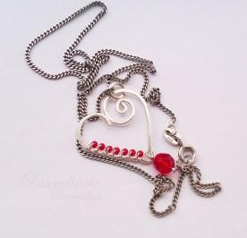 Valentijn hanger, handgemaakt zilver met rood