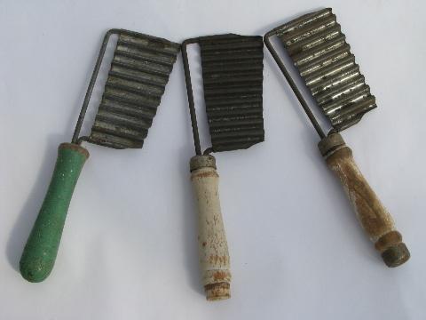 Old Crinkle Cutter Potato Slicers Vintage Wood Handled