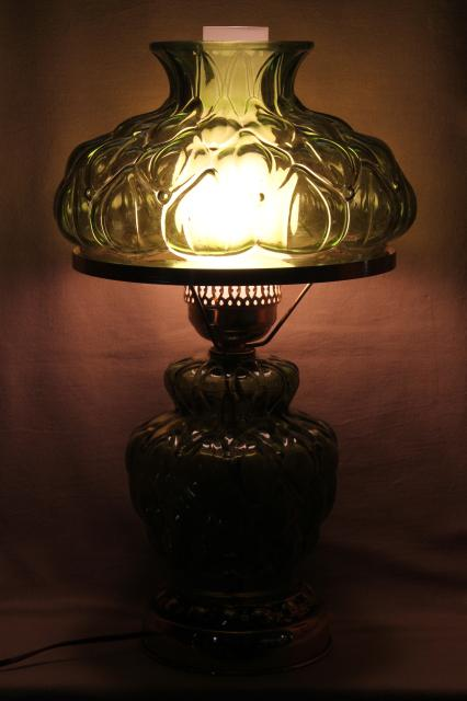 Quilted Glass Table Lamp W Chimney Shade 60s Vintage