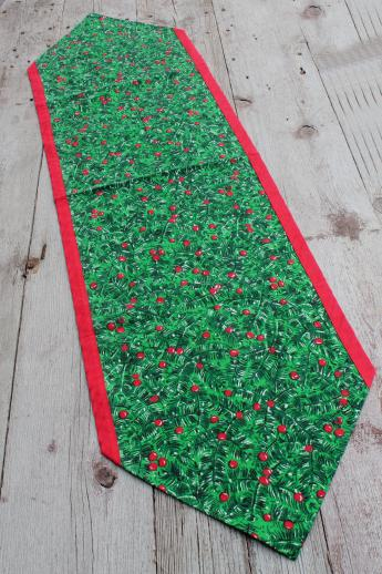 Retro Vintage Christmas Table Runners Red Amp Green Holly Print Holiday Fabric