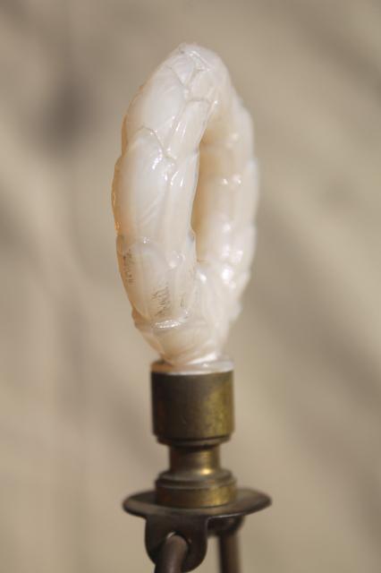 Vintage Custard Milk Glass Lamp Opalescent Ivory Aladdin