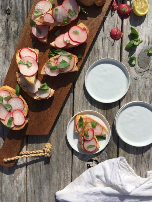 ANCHOVY BUTTER AND RADISH ON TOAST // LAURENARIZA.COM • RECIPE SCHMECIPE