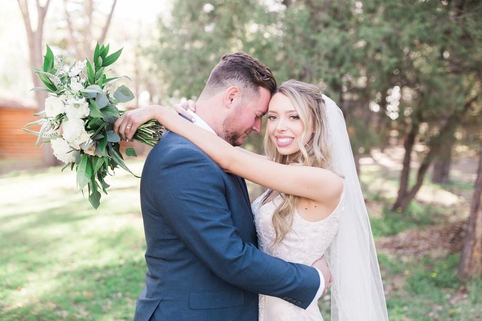 Pinetop Wedding, Northern Arizona Wedding Photographer, Lakeside Wedding, Woodsy Wedding, Couples Portraits