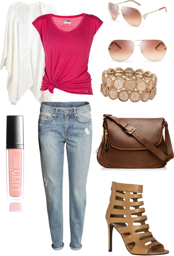 boyfriend jeans outfit idea