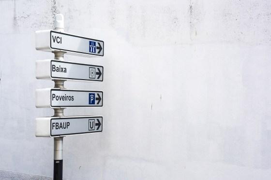 Porto Signs