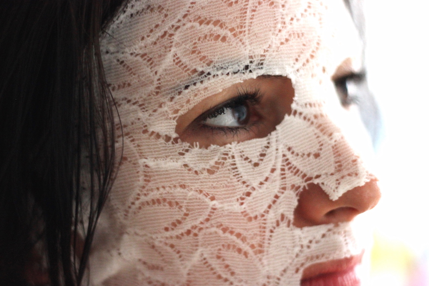 your-face-review-3a-closeup