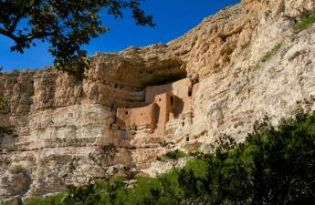 This view of Montezuma Castle shows how its builders took advantage of the shape and composition of the cliffs to site their dwellings. (Lauren Danner photo)