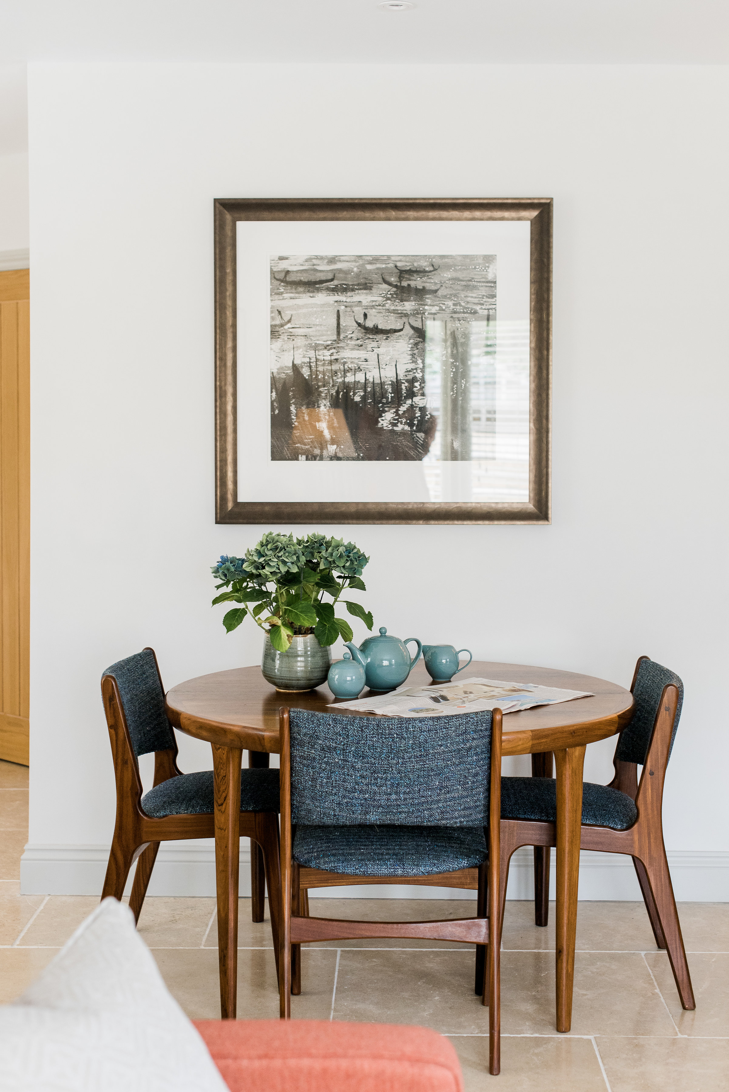 Mi-century furniture style inspiration home interiors