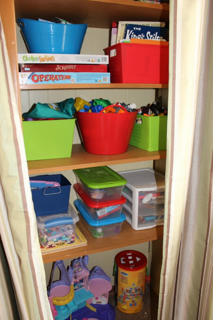 organizing toy room 2