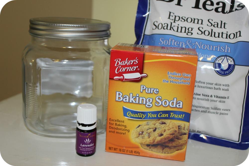 Ingredients to make detox bath