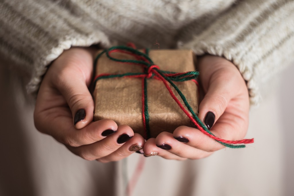girl holding a gift box
