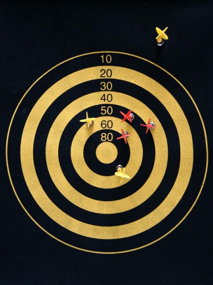 a-near-miss-on-a-darts-board-e1411670974227
