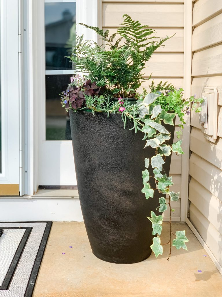 Spray Paint + Mud Covered Planters (a.k.a. DIY Spray Painted Vases Part III)