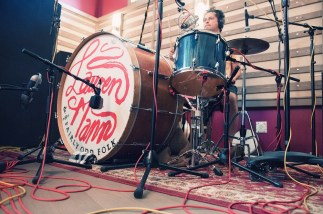 Kurt Dahle on the drums.