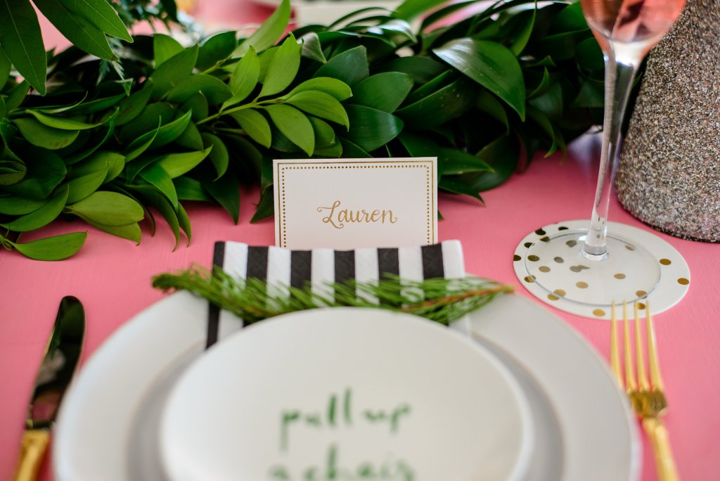 pink and gold place card garland