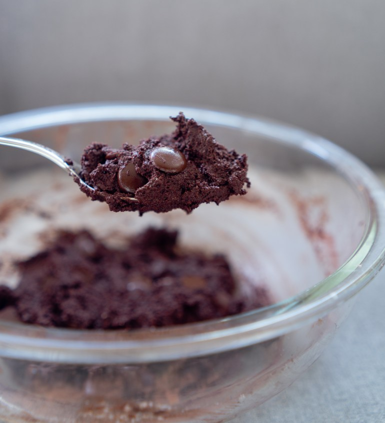 Double Chocolate Chip Cookie Dough Keto Fat Bomb #keto #ketodiet #ketorecipe #ketorecipes #ketogenic #fatbombs #cookiedough #chocolatechip